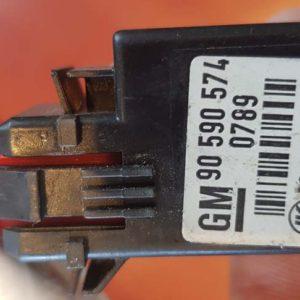 Opel Astra G, Speedster, Zafira A féklámpa pedál kapcsoló