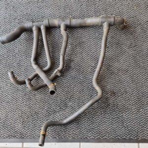 Opel Vivaro A alsó vízcső