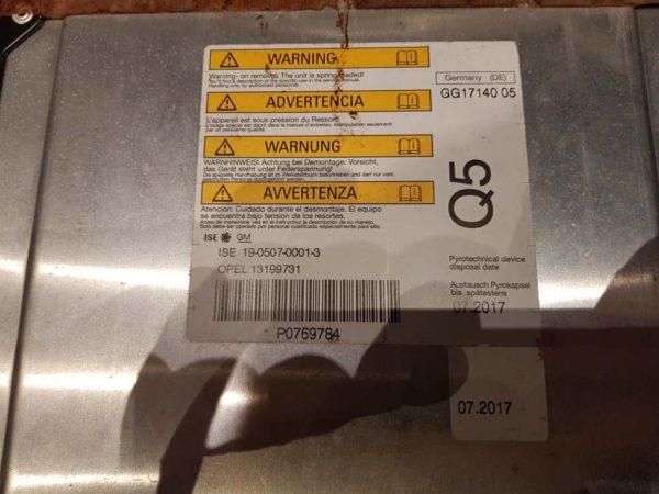 Opel Astra H bukócső
