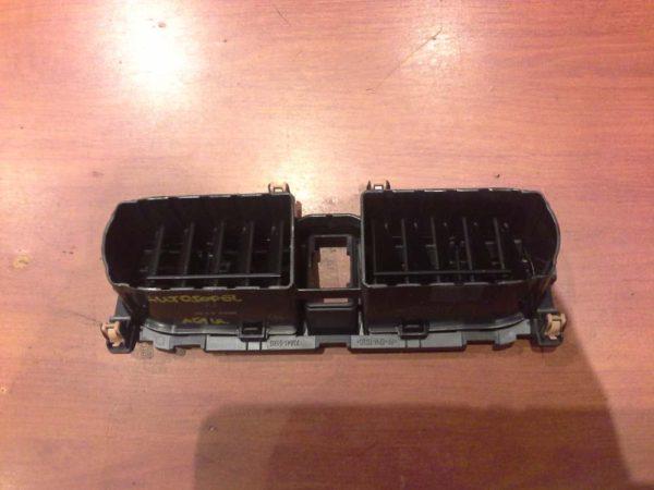 Opel Agila B műszerfal középső szellőző