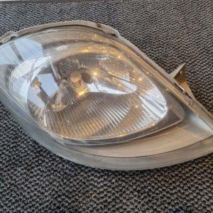 Opel Vivaro A jobb első fényszóró