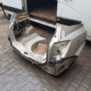 Opel Astra H hátfal
