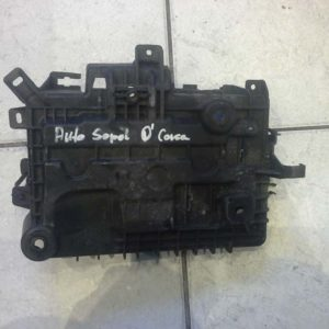 Opel Corsa D akkumulátor tartó