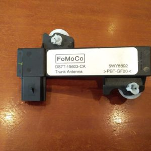Ford Mondeo V 2.0 Hybrid GPS antenna erősítő
