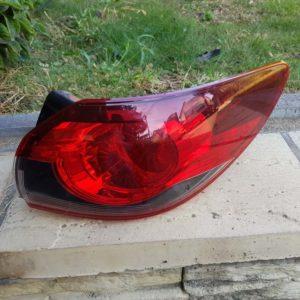 Mazda 6 kombi jobb hátsó lámpa