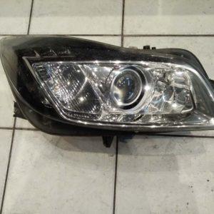 Opel Insignia A jobb első fényszóró