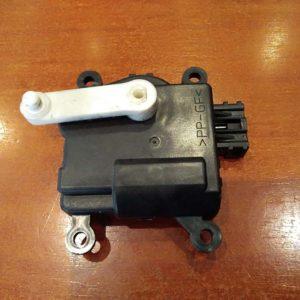 Mazda 6 kombi fűtés állító motor