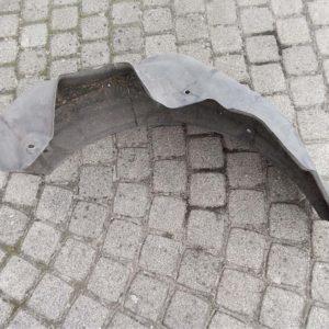 Mazda 6 kombi bal hátsó kerékjárati dobbetét