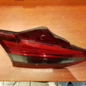 Mazda 6 kombi bal hátsó belső lámpa