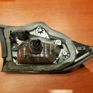 Mazda 6 kombi jobb hátsó belső lámpa