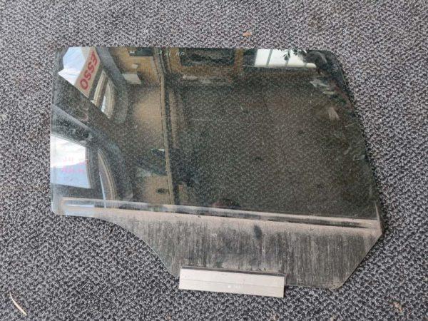 Opel Astra H kombi jobb hátsó ajtóüveg