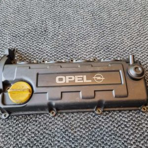 Opel Astra H, Astra J, Zafira B, Corsa D, Meriva A, Meriva B szelepfedél