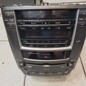 Lexus IS II autórádió / CD fejegység