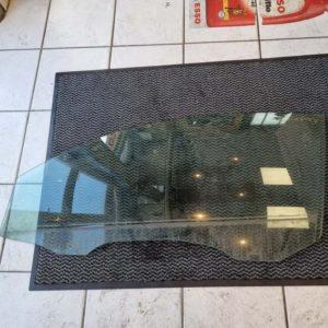 Volvo C30 bal első ajtóüveg