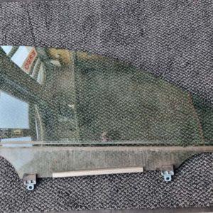 Lexus IS II jobb első ajtóüveg