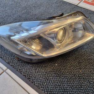 Opel Insignia A jobb első xenon fényszóró