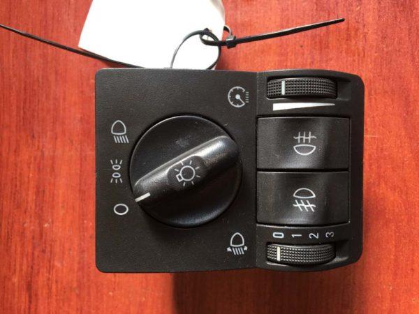 Opel Corsa C, Opel Combo C, Opel Tigra B világításkapcsoló