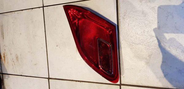 Opel Astra J jobb hátsó belső lámpa