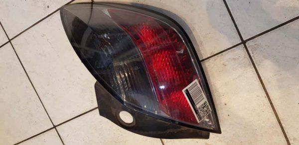 Opel Astra H GTC jobb hátsó lámpa
