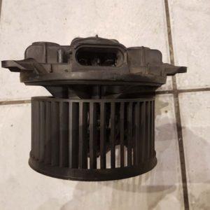 Opel Vivaro A, Renault Trafic fűtőmotor (nem klímás)