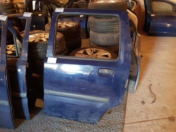 Opel Agila A bal hátsó ajtó