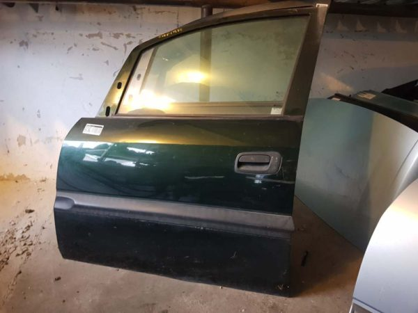 Opel Zafira A bal első ajtó
