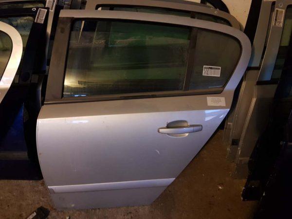 Opel Astra H bal hátsó ajtó