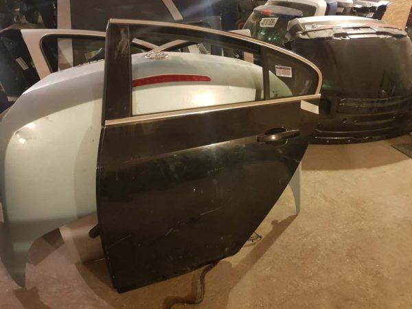 Opel Insignia A bal hátsó ajtó