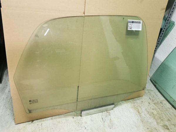 Opel Corsa C jobb hátsó ajtóüveg