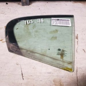 Opel Insignia A jobb hátsó fix üveg ajtóban