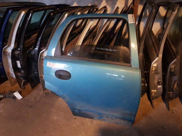Opel Corsa C jobb hátsó ajtó
