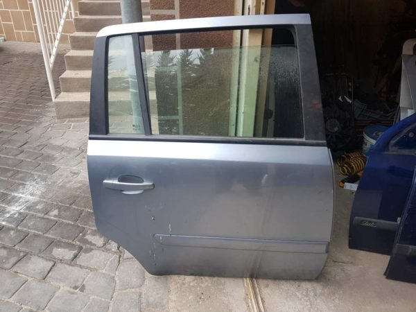 Opel Zafira B jobb hátsó ajtó