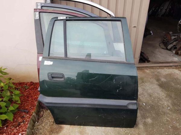 Opel Zafira A jobb hátsó ajtó